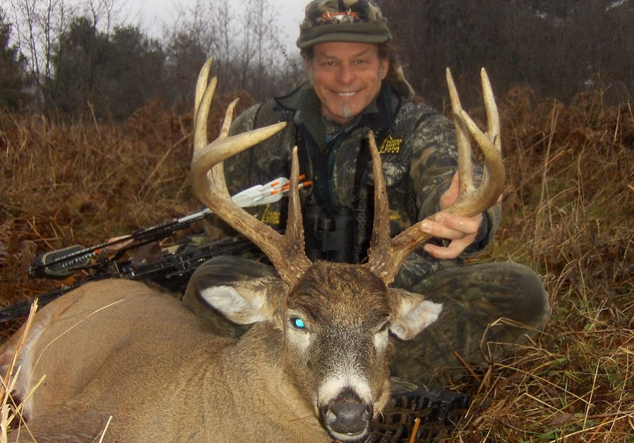 HN-Ted-Nugent-michigan-whitetail_01_1200x628_20210827